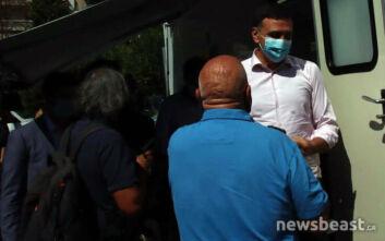 Η παρατήρηση Κικίλια σε πολίτη στην Κυψέλη: Μη με ακουμπάτε, πρέπει να κρατάμε αποστάσεις