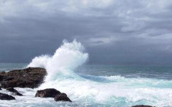 Καιρός - Ιανός: Ο χάρτης του Σάκη Αρναούτογλου για τα μεγάλα κύματα- «Μακριά από αυτές τις ακτές»