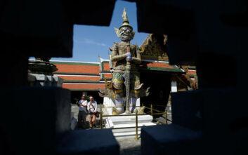 Με περικάρπια και εφαρμογές ανίχνευσης οι πρώτοι ξένοι τουρίστες στην Ταϊλάνδη