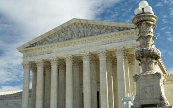 Η επιλογή νέου δικαστή βάζει φωτιά στo προεκλογικό σκηνικό στις ΗΠΑ