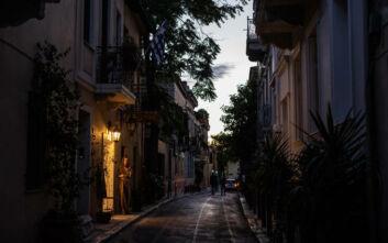 Οι δήμοι της Αττικής επαναφέρουν μέτρα προστασίας για τη μείωση της διασποράς του κορονοϊού