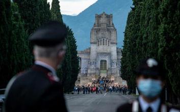 Αύξηση-ρεκόρ των νέων κρουσμάτων κορονοϊού στην Ιταλία: 15.199 περιστατικά,  127 νεκροί