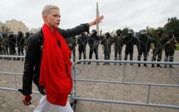Λευκορωσία: Η αντιπολιτευόμενη Κολέσνικοβα έφτασε στα σύνορα με την Ουκρανία αλλά δεν τα διέσχισε