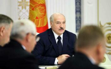 Η ΕΕ δεν αναγνωρίζει τον Λουκανσέκο ως πρόεδρο της Λευκορωσίας και ετοιμάζει κυρώσεις