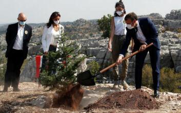 Η συμβολική κίνηση του Μακρόν από τη Βηρυτό και η περίοδος «ζωτικής σημασίας» για την πόλη