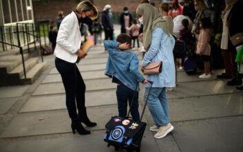 Γώγος για άνοιγμα σχολείων: Η μάσκα προστατεύει σε ποσοστό 95%