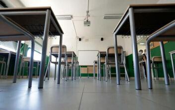 Γκίκα: Νέα μέτρα για τη λειτουργία των σχολείων