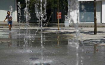 Η Κύπρος ψήνεται με 45 βαθμούς Κελσίου και η έναρξη της νέας σχολικής χρονιάς αναστέλλεται
