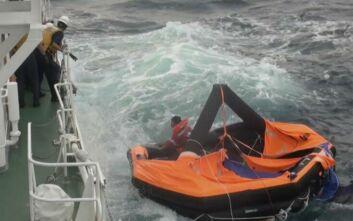 Ιαπωνία: Ο τυφώνας Χάισεν δυσχεραίνει την επιχείρηση εντοπισμού των ναυαγών από το πλοίο μεταφοράς ζώων που ναυάγησε