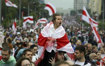Λευκορωσία: Δεκάδες διαδηλωτές συνελήφθησαν καθώς οι δυνάμεις ασφαλείας κατέστειλαν μαζικές διαδηλώσεις κατά του προέδρου Λουκασένκo