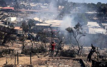 Φωτιά στη Μόρια: Οι θλιβερές εικόνες κάνουν τον γύρο του κόσμου - Τι μεταδίδουν διεθνή ΜΜΕ