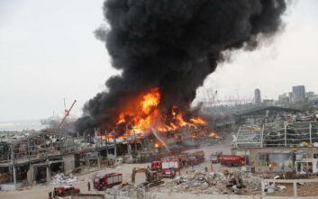 Μεγάλη φωτιά στο λιμάνι της Βηρυτού - Οι πρώτες εικόνες από το σημείο