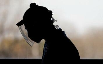 Νεκρή από κορονοϊό 28χρονη γιατρός, σύμφωνα με την οικογένειά της
