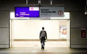 Δέκα θάνατοι και 1.821 κρούσματα από κορονοϊό σε μία μέρα στη Γερμανία
