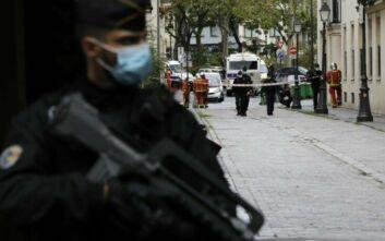 Άλλα πέντε άτομα κρατούνται στα πλαίσια έρευνας για την αιματηρή επίθεση στο Παρίσι