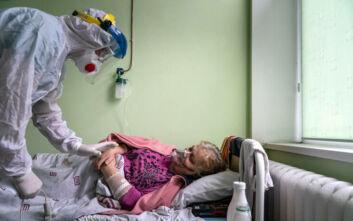 Ρεκόρ 4.027 νέων κρουσμάτων κορονοϊού σε ένα 24ωρο στην Ουκρανία