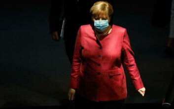 Μέρκελ: Κίνδυνος να εκδηλωθεί τρίτο κύμα κορονοϊού μέσα στον χειμώνα