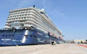 Η TUI Cruises είναι η πρώτη εταιρεία κρουαζιέρας που ξεκίνησε ταξίδια στην Ελλάδα - Το Mein Schiff 6 στον Πειραιά