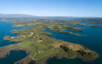 Εντυπωσιακές εικόνες από την τεχνητή λίμνη Πηνειού