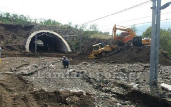 Βιβλική η καταστροφή στα βουνά που περνάει η σιδηροδρομική γραμμή στη Φθιώτιδα
