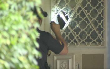 Εντεκάχρονη πήγε να ανοίξει την πόρτα και την πυροβόλησαν στο πρόσωπο