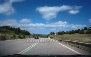 Τρόμος στον δρόμο Λαμίας - Δομοκού: Οδηγούσε στο αντίθετο ρεύμα, παραλίγο να τρακάρει με πέντε ΙΧ