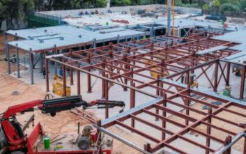 Τέλη του μήνα θα έχει ολοκληρωθεί η κατασκευή των 50 κλινών ΜΕΘ που δωρίζει η Βουλή των Ελλήνων