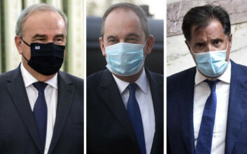 Σε καραντίνα τρεις υπουργοί της κυβέρνησης