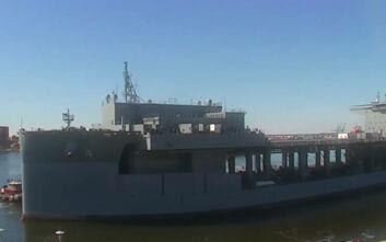 Αυτό είναι το θηριώδες USS Hershel «Woody» Williams που θα είναι στη Σούδα