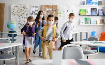 Δερμιτζάκης: Οι γονείς να αναλάβουν την ευθύνη αν τα παιδιά δεν φορούν μάσκα στο σχολείο