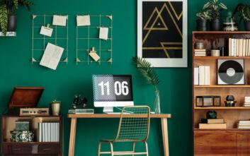 Αυτό το χρώμα συστήνουν οι ειδικοί για τον χώρο του γραφείου στο σπίτι