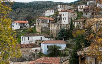 Τρία άγνωστα χωριά σε δημοφιλή βουνά