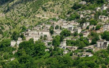 Το χωριό στα Τζουμέρκα που μοιάζει ένα με τον ορεινό όγκο