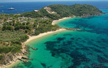 Η παραλία της Σκιάθου με όνομα εμπνευσμένο από εξωτικό φρούτο
