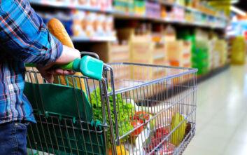Λινού: Κίνδυνος για τους εργαζόμενους στα σούπερ μάρκετ – Πρόταση για ψώνια μόνο με διανομείς