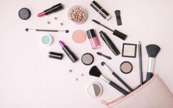 Τρία προϊόντα μακιγιάζ με διττή λειτουργία