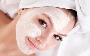 Η σπιτική, θαυματουργή μάσκα ομορφιάς για πρόσωπο και μαλλιά