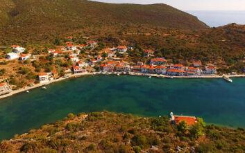 Γέρακας: Το όμορφο και άγνωστο φιόρδ της Ελλάδας