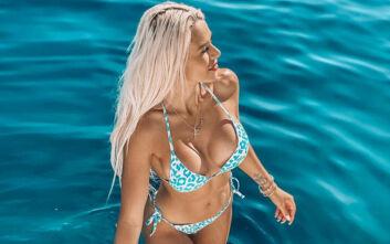 Στέλλα Μιζεράκη: Οι σέξι καλοκαιρινές πόζες της είναι… φωτιά