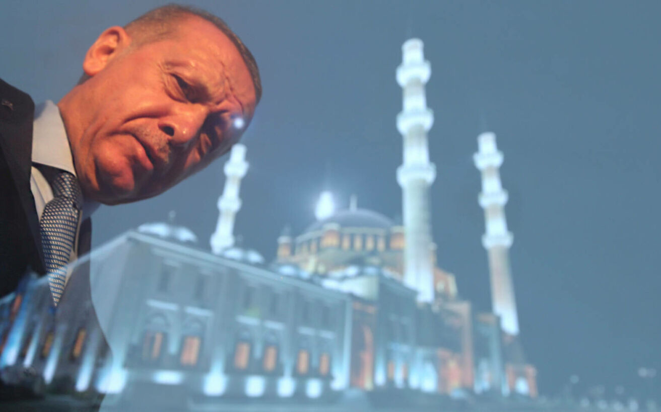 Το όραμα του Ερντογάν να γίνει σουλτάνος όλων των Μουσουλμάνων