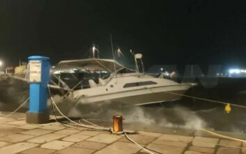 Δύσκολη νύχτα στη Ζάκυνθο: Βούλιαξε ιστιοφόρο στο λιμάνι - Ζημιές στο Καταστάρι