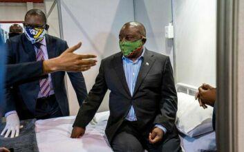 Νότια Αφρική: Ο υπουργός Υγείας μολύνθηκε από τον κορονοϊό