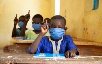 Εστία μόλυνσης σχολείο στη Νιγηρία, καταγράφηκαν 181 κρούσματα κορονοϊού