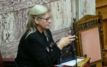 Τέλος η Ελένη Ζαρούλια από τη Βουλή - ΕΔΕ για τον διορισμό της
