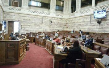 Σύνοδος Κορυφής, καταλήψεις και δημόσια διοίκηση έφεραν κόντρα μεταξύ Θεοδωρικάκου-αντιπολίτευσης