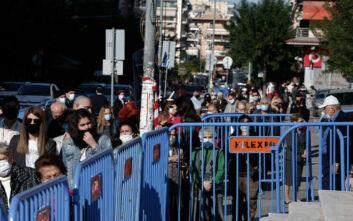 Άγιος Δημήτριος: Ουρές από τους πιστούς στη Θεσσαλονίκη – Δείτε τις εικόνες