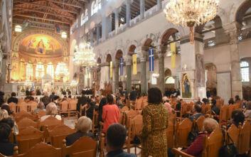 Ιερείς χωρίς μάσκες στον Άγιο Δημήτριο στη Θεσσαλονίκη – Τι λένε οι ίδιοι
