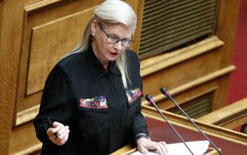 «Παγώνει» ο διορισμός της Χρυσαυγίτισσας Ελένης Ζαρούλια στη Βουλή