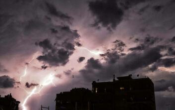 Έκτακτο δελτίο επιδείνωσης καιρού με βροχές, καταιγίδες και πιθανώς χαλάζι
