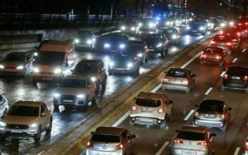 Κίνηση τώρα: Νέο μποτιλιάρισμα στον Κηφισό λόγω τροχαίου στην αερογέφυρα Αχαρνών